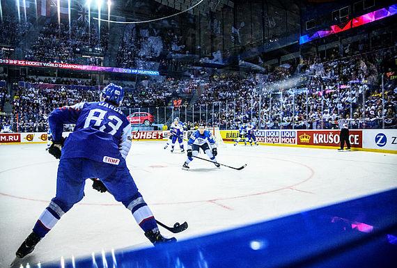 [Translate to Englisch:] LIQUI MOLY ist Offizieller Sponsor der 2020 IIHF Eishockey-Weltmeisterschaft.